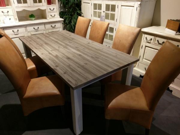 Essgruppe Beispiel mit Tisch Prado von LMIE